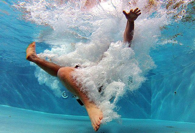 Bazén - nevyhnutnosť v lete na každej záhrade
