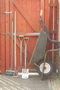 záhradný domček na náradie rady a tipy