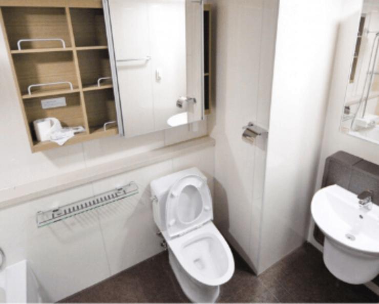 Tipy ako vyčistiť upchatý záchod