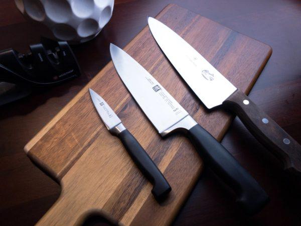 ako brúsiť nože