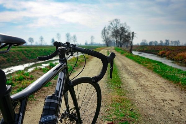 bicykel na štrk