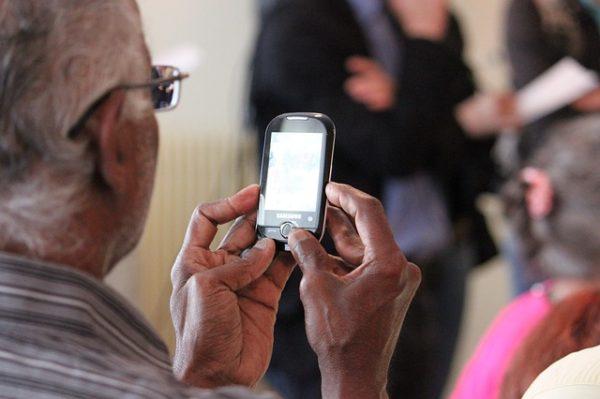 ako vybrať mobil pre seniora