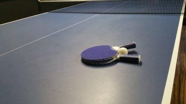 vnútorný pingpongový stôl