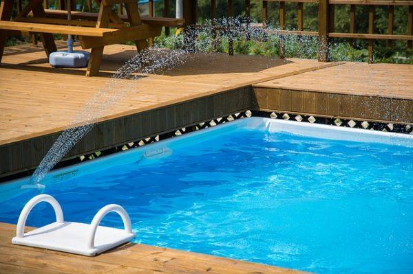 ako vyčistiť bazén po zime