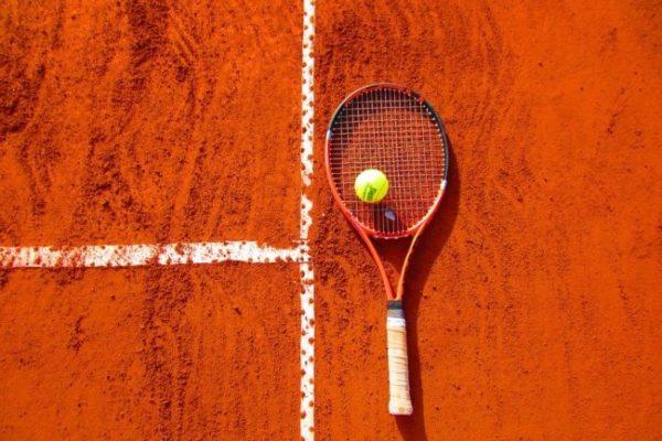 ako vybrať tenisovú raketu