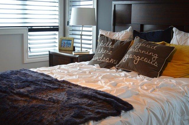 kvalitná posteľ
