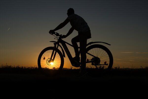 elektrobicykel výhody a nevýhody