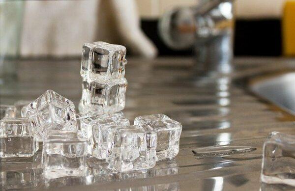 ako vybrať výrobník ľadu