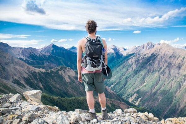 ako vybrať turistický batoh