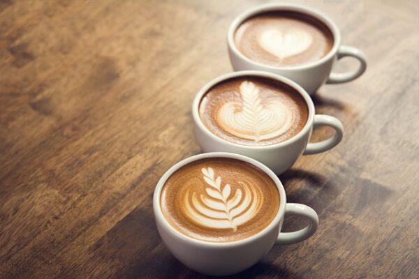 šálka kávy
